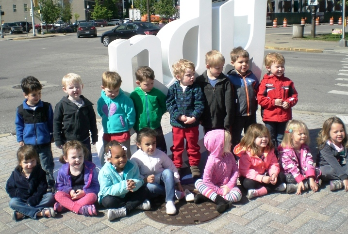 shalom%20daycare%20picture.jpg